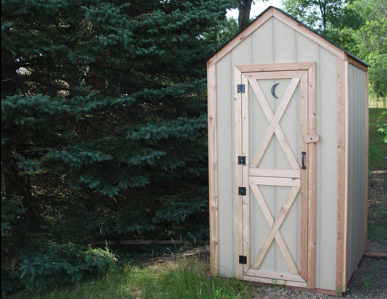 Wild bills wood works old fashioned outhouses for Outhouse pictures